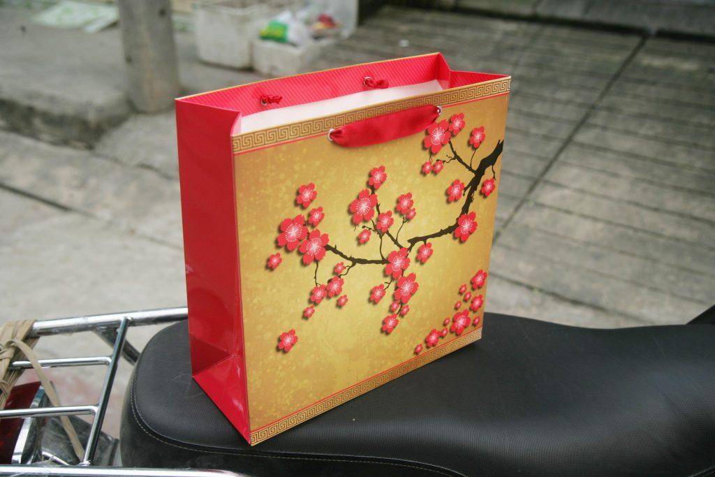 Túi giấyvuông size L