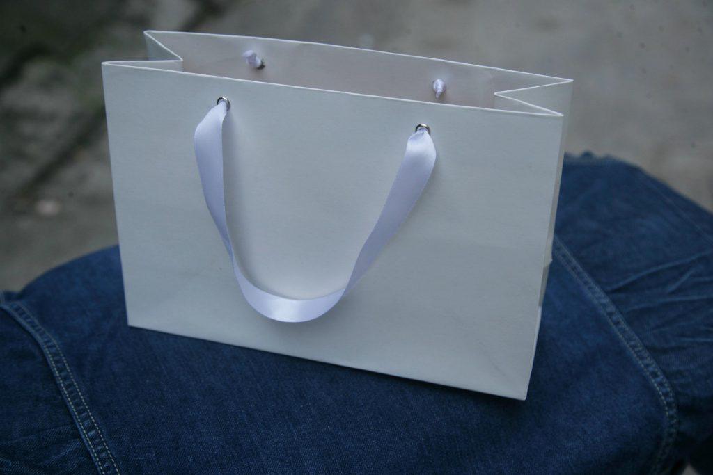 Mẫu 19 giấy kraft do công ty Vũ Thị sản xuất