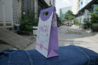 Túi giấy nắp xếp size M